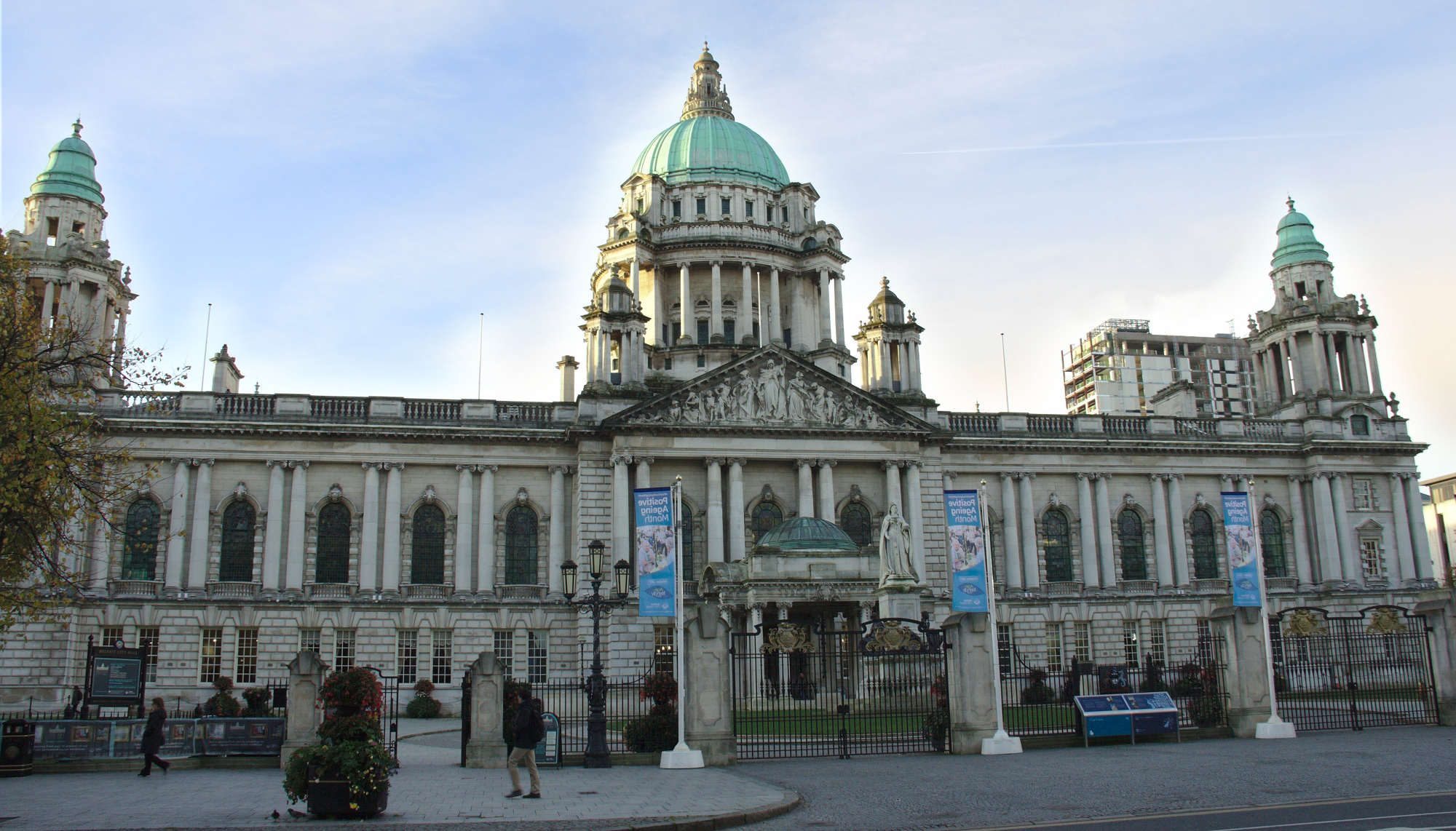 2000-belfast_city_hall